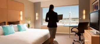 New Search Engine for Quiet Hotel Rooms